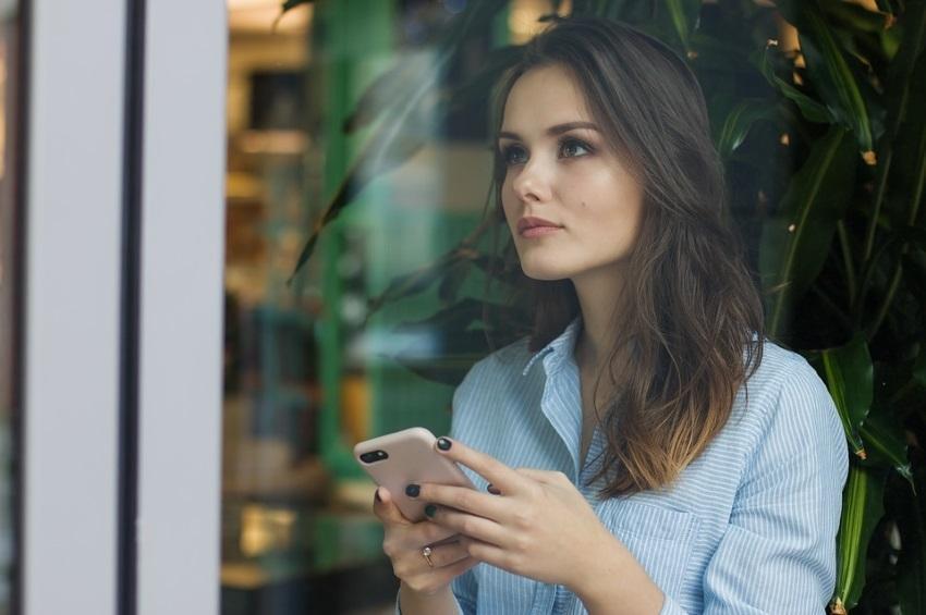 Cómo Evitar que los Prospectos le cuelguen el Teléfono