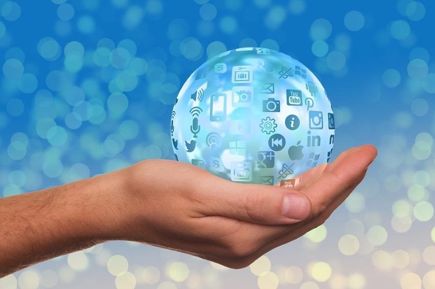 Tutorial de Listas de Correo Electrónico para Webmasters y Curiosos
