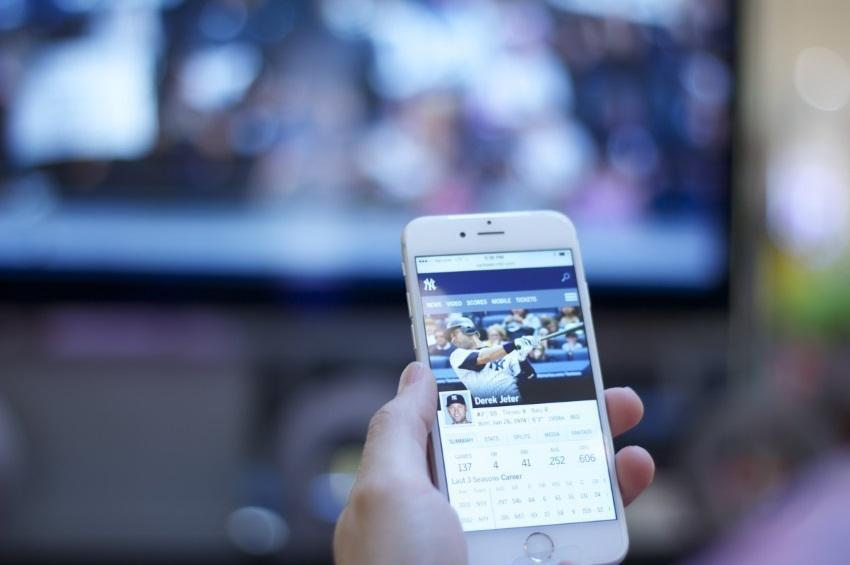 Aspectos Fundamentales del Manejo de las Relaciones Públicas en Linea - Cómo utilizar Internet para crear programas y estrategias de comunicación más amplios