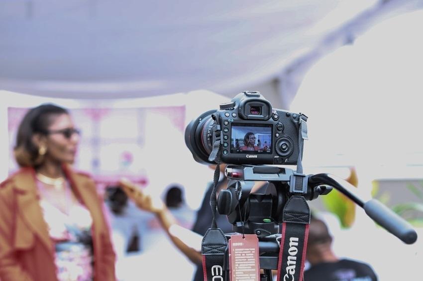 Conviértase en el Invitado Ideal de los Programas de Radio y Televisión